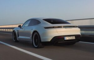Read more about the article Реклама Porsche Taycan — Электрокар с душой (2019)